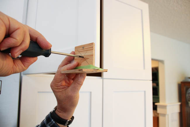 How To Install Kitchen Cabinet Handles Detailed Guide 2020