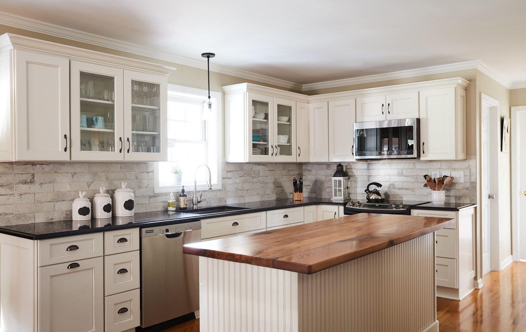 Kitchen Design, Kitchen Design Models, Kitchen Design Ideas, Storage, French, Apartment, Tuscan, Yellow, Mediterranean, Small,